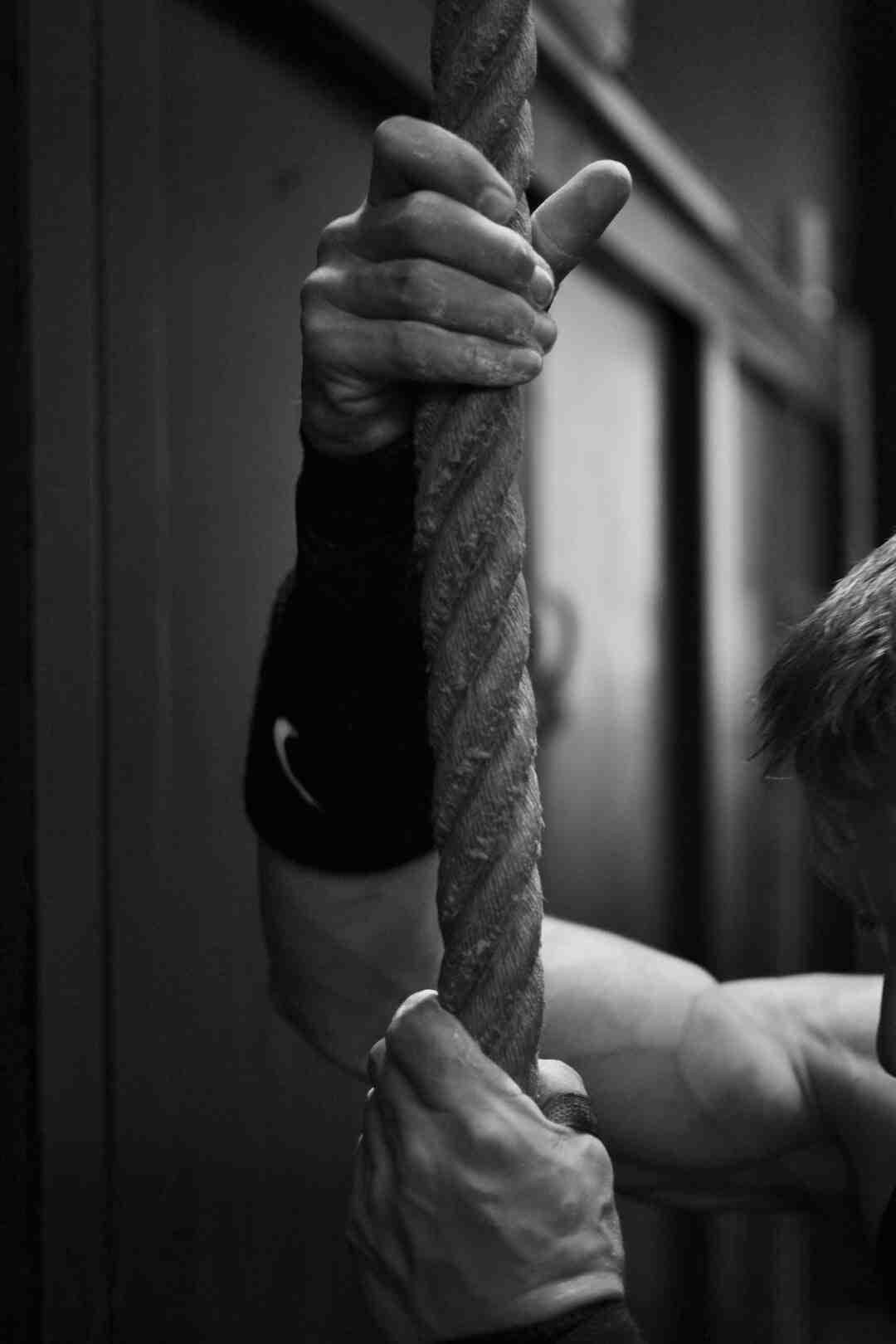 Comment se muscler avec des haltères